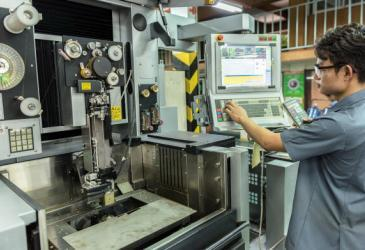5 Reasons Why CNC Prototyping is Ideal for a B2B Product Industry